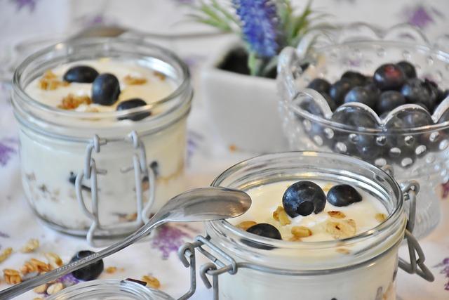 jogurt a borůvky