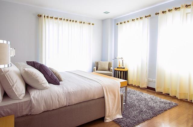 upravená ložnice