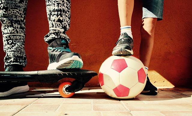 noha na míči
