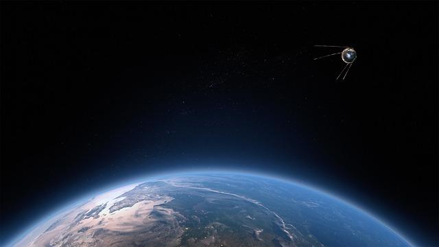 satelit v kosmu