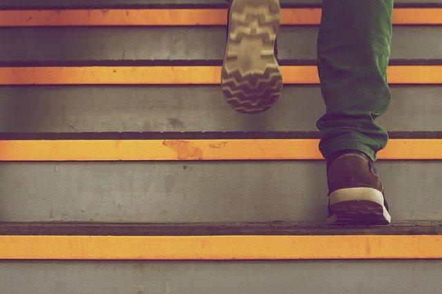 spirálovité schodiště.jpg